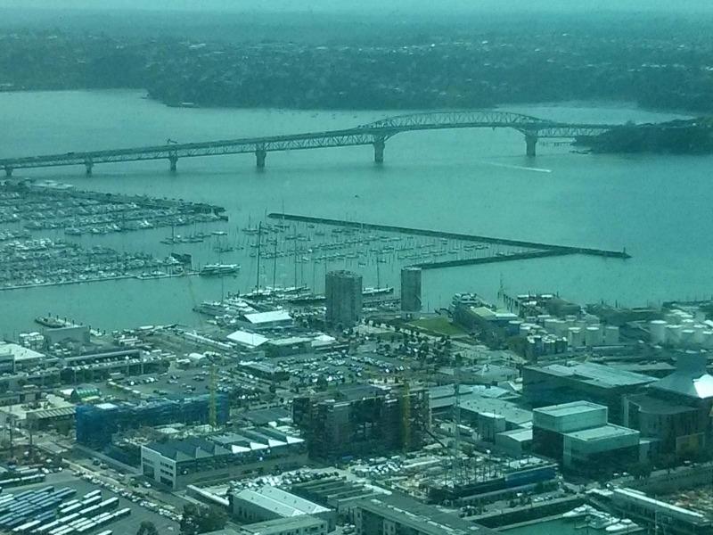 Ώκλαντ. Από το παρατηρητήριο του πύργου Sky city στα 220 μ.
