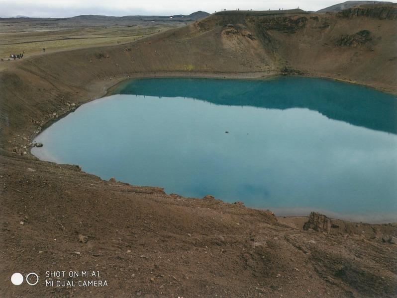 Γύρος Ισλανδίας. Η γαλάζια όξινη λίμνη