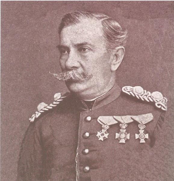 Αντιστράτηγος ΣΠΥΡΟΣ ΚΑΡΑΪΣΚΑΚΗΣ Γιος του ήρωα της επανάστασης Γεωργίου Καραϊσκάκη. Έλαβε μέρος στην επανάσταση της Άρτας του 1854
